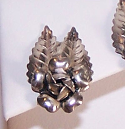 Sterling Silver Rose & Leaf Southwestern Earrings Vintage 1970s Designer Fashion Jewelry Gift