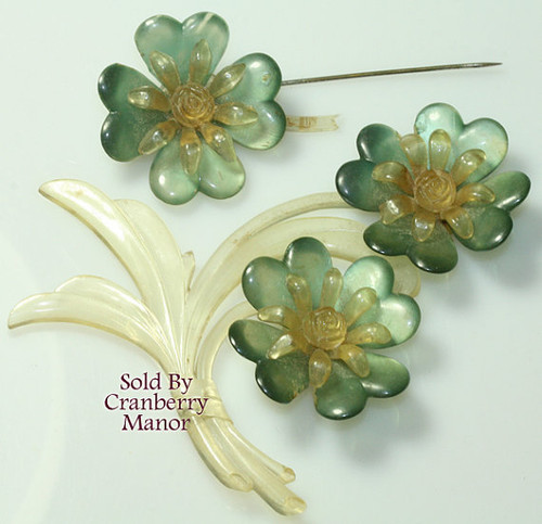 Celluloid Triple Flower Pearlescent Moonglow Brooch XL Cellulose Vintage Fashion Jewelry, Craft Supplies