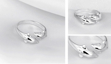 Double Dolphin Ring