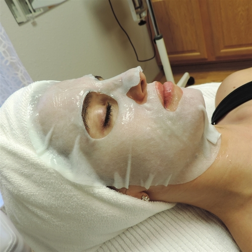 Brightening Collagen Facial Blanket
