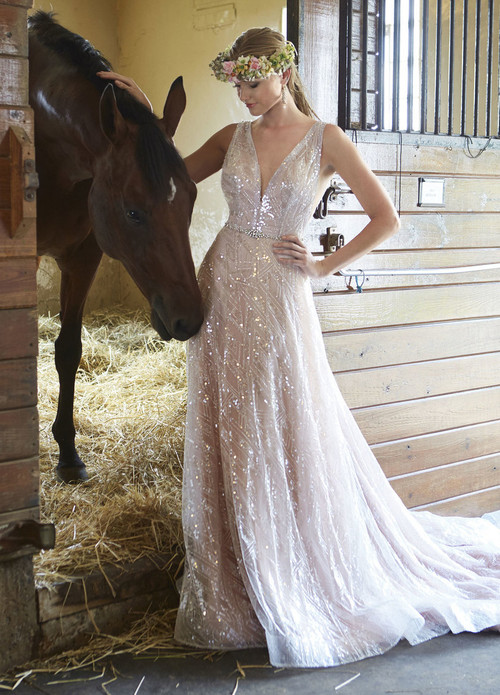 Ashley & Justin Wedding Dress 10475