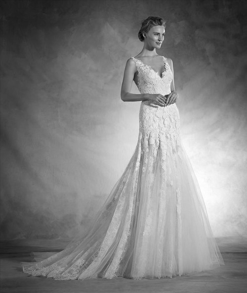 Atelier Pronovias Wedding Dress Nika