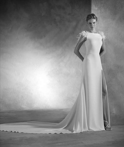 Atelier Pronovias Wedding Dress Naomi