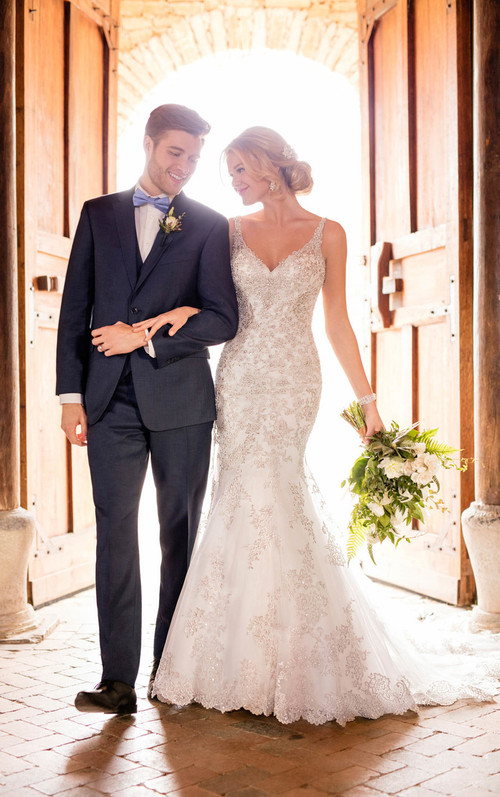 Essense of Australia Wedding Dress D2399