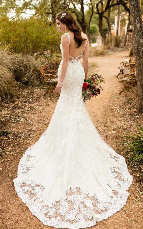 Essense of Australia Wedding Dress D2323