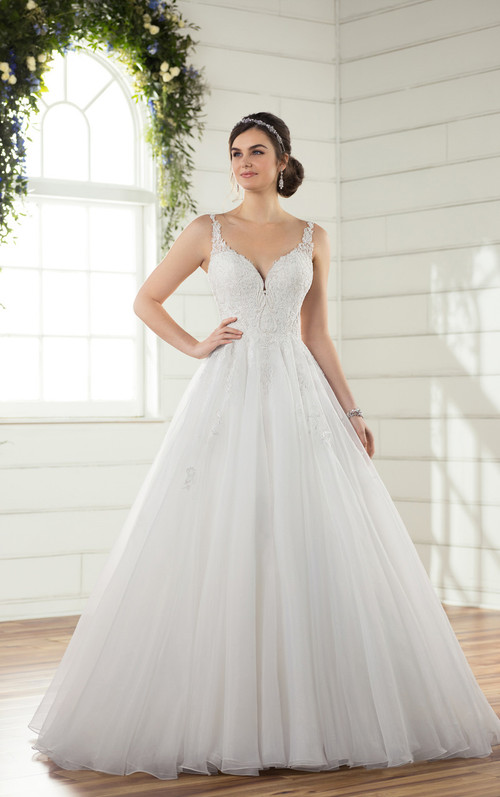 Essense of Australia Wedding Dress D2343