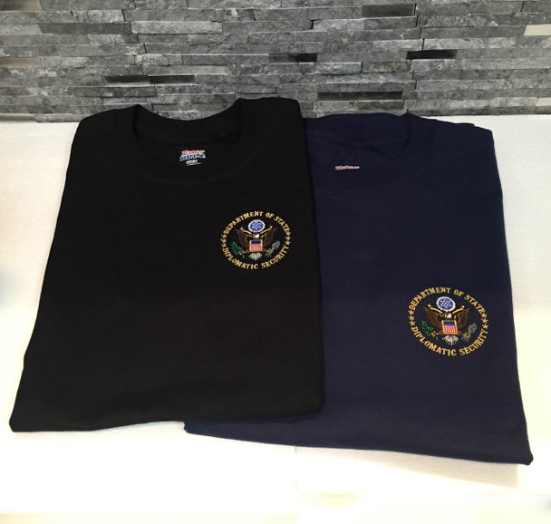 T- Shirt / Embroiderd DOS Logo