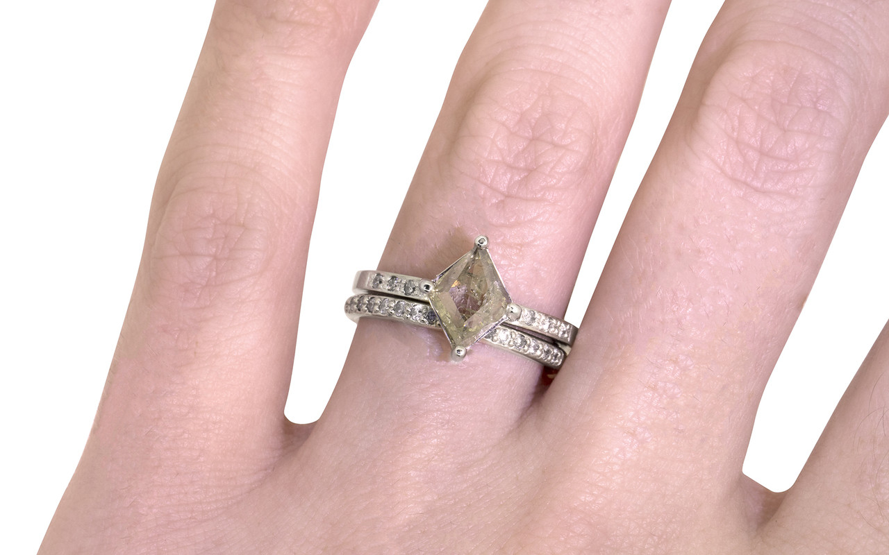 .83 Carat Light Champagne Diamond Ring in White Gold