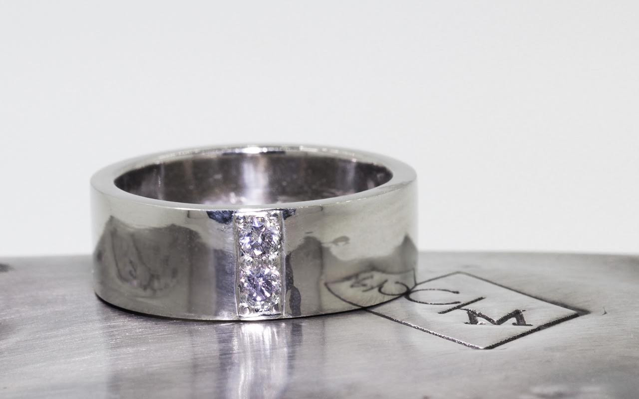 Men's Gold Band with 3mm Gray Diamonds