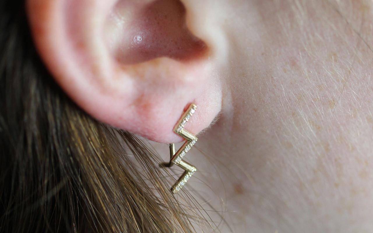 Deluxe Zig Zag Ear Climbers