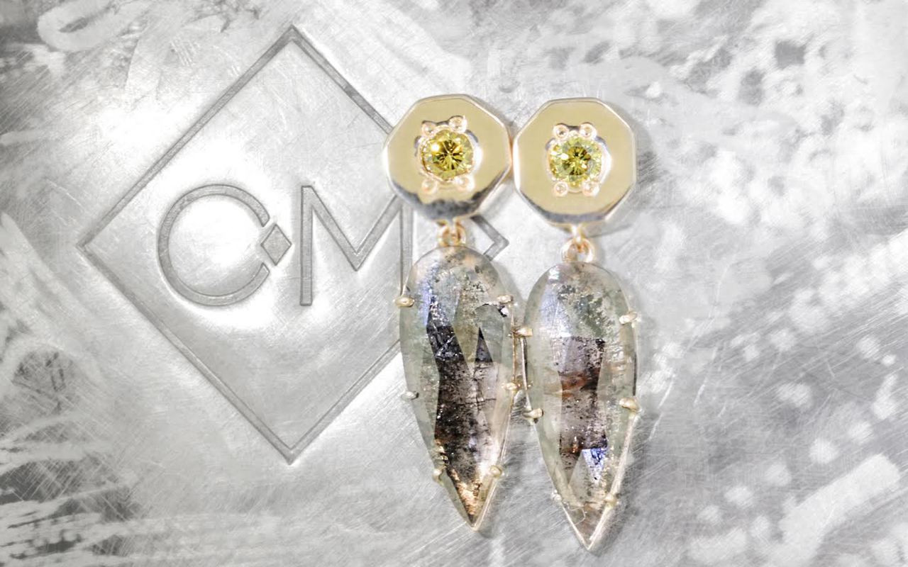 KRAKATOA Earrings in Yellow Gold with 3.56 Carat Salt and Pepper Diamonds