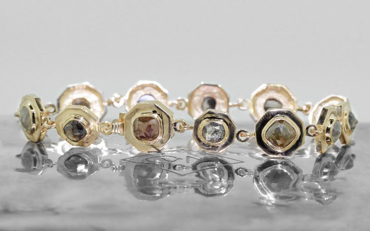 KILAUEA Bracelet in Yellow Gold with 10.5 Carats of Diamonds