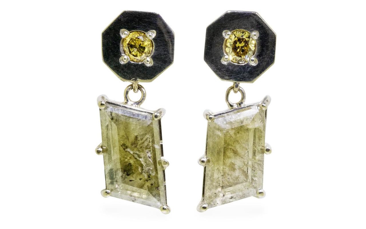KRAKATOA Earrings in White Gold with 2.59 Carat Green Diamonds