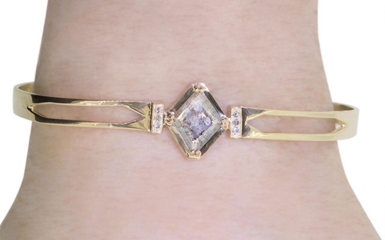 MERU Bracelet in Yellow Gold with .71 Carat Gray Diamond