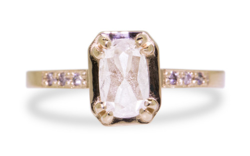AIRA Ring in Yellow Gold with 1.07 Carat Rustic White Diamond