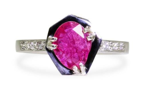 KIKAI Ring in White Gold with .84 Carat Ruby