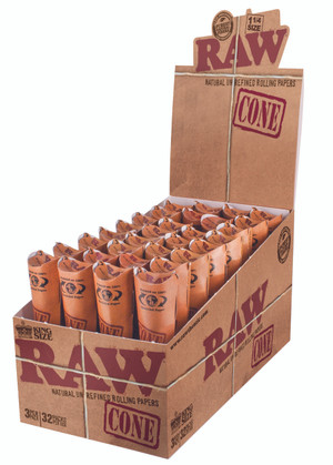 Raw Classic King Size Cone Papers 3pk (Display of 32)