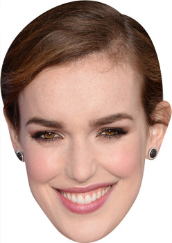 Elizabethhenstridge MH 2017 Tv Celebrity Face Mask