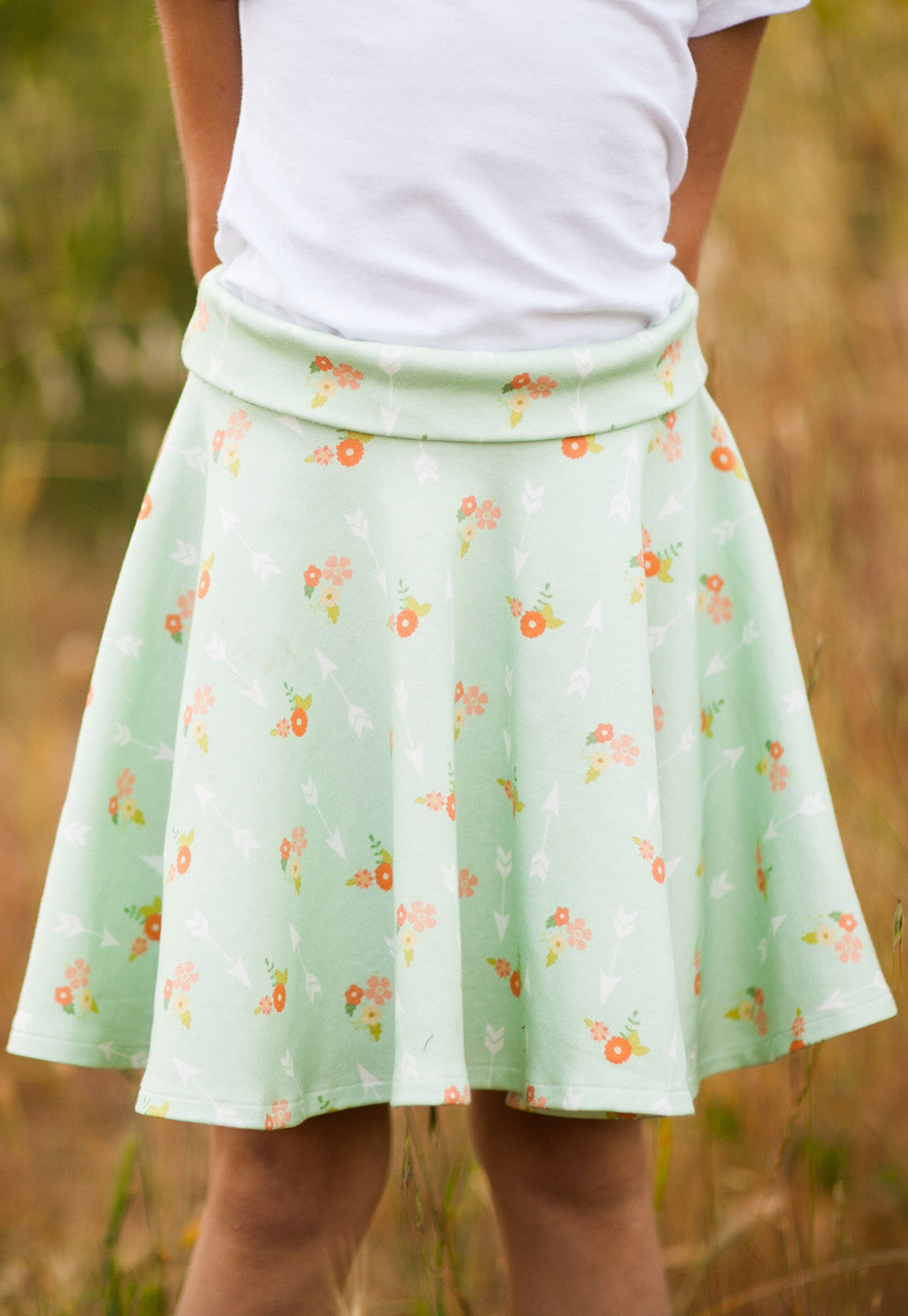 SIMPLE SKIRT PDF Sewing Pattern & Tutorial - Sew Sweet Patterns