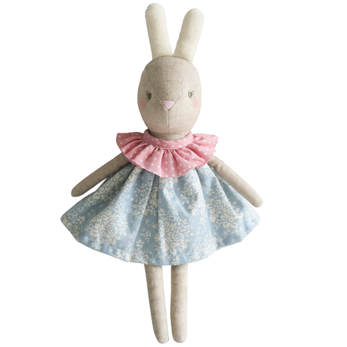 Betsy Bunny, Blue Pink