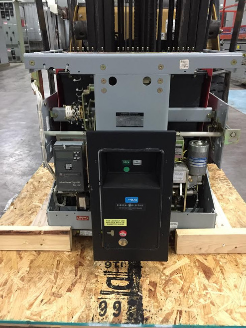 AKR-10F-75 GE 3200A EO/DO LSIG Air Circuit Breaker
