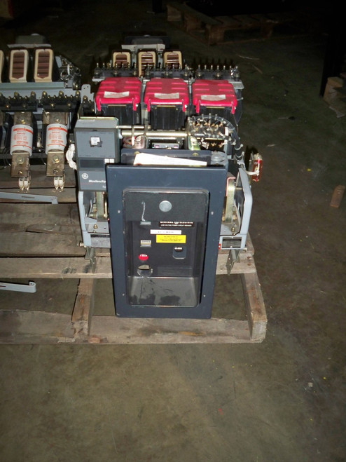 AKR-9D-50H GE 1600A EO/DO LSG Air Circuit Breaker