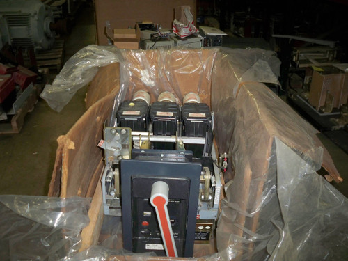 AKRU-6D-30 GE 800A MO/DO 2000A Fuses Air Circuit Breaker (No Trip/New Surplus)