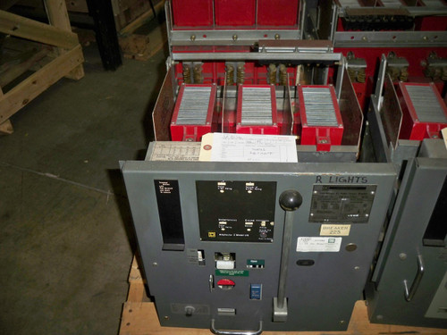 DS-206 Square D 800A Frame MO/DO 400A Cont. Current LIG Air Circuit Breaker
