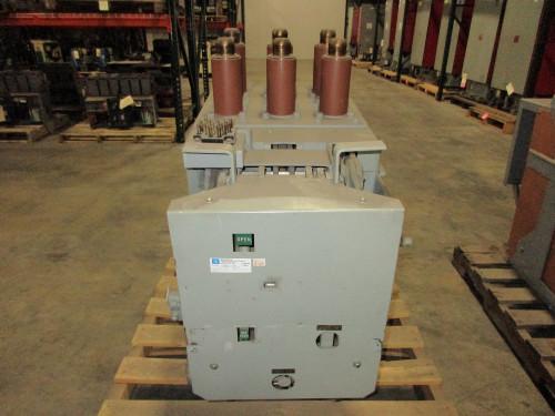 AM-4.16-250-7C GE Magne-Blast 2000A 4.76KV Air Circuit Breaker