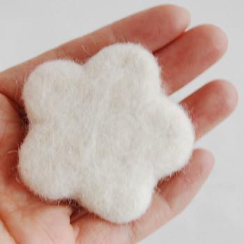 100% Wool Felt Flower - 5cm - Ivory