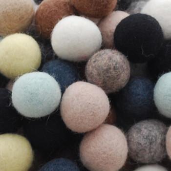 100% Wool Felt Balls - 100 Count - 2.5cm - Neutural Colours