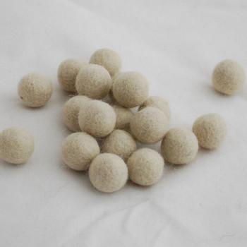 100% Wool Felt Balls - 10 Count - 1.5cm - Antique White