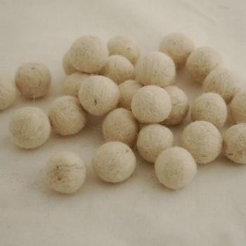 100% Wool Felt Balls - 10 Count - 1.5cm - Off White