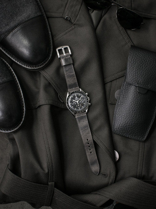 """Bronx"" Vintage Ghost Grey Handcrafted Leather Watch Strap"