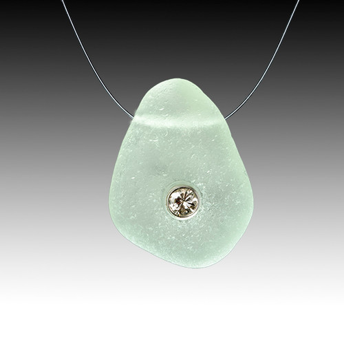 Seafoam and dimond illusion necklace