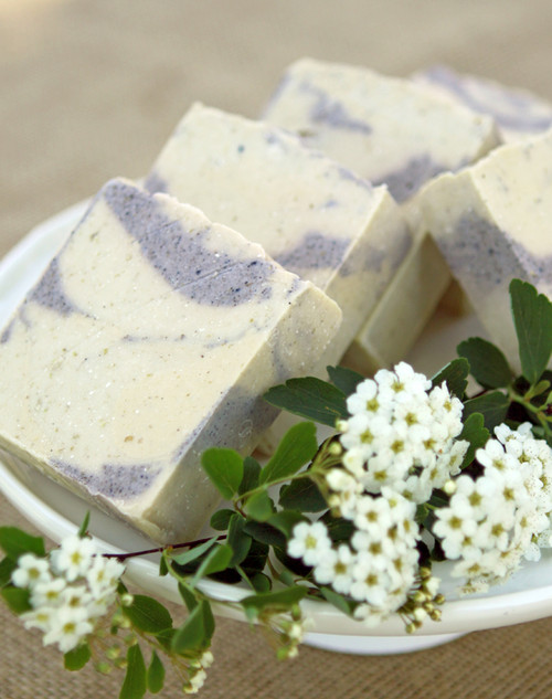 Lavender Fields Forever Essential Oil Soap and Pouch Set