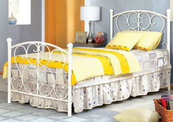 Adalyn White Twin Bed
