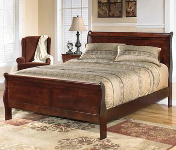 Halette Bedroom Set