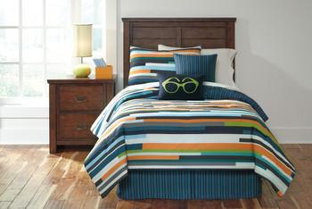 Seventy Top of Bed Set