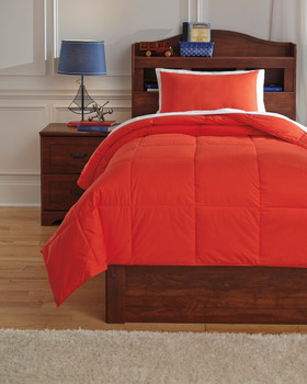 Plainfield Red Top of Bed Set