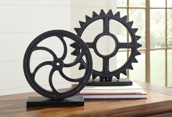 Domini Sculpture Pair