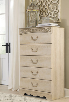 Katia Cream Chest