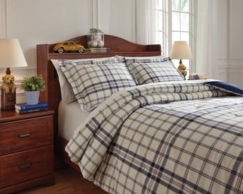 Derick Plaid Comforter Set