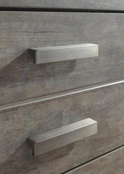 Kuebec Gray Dresser & Mirror