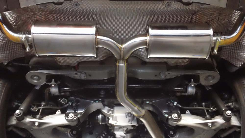 megan-racing-07-13-bmw-x5-v6-stainless-rolled-tip-axle-back-exhaust-tail-pipe.jpg