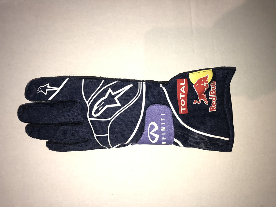 Daniel Ricciardo Signed Red Bull Replica Drivers Glove