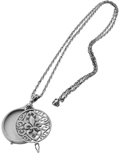 Plain magnifying glass pendant on chain 813mm 32 long fleur de lis filigree magnifying glass pendant on chain 660mm 26 long mozeypictures Image collections
