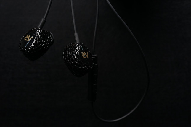 New HeyGears AR Series IEMs Sound Good and Look Fun