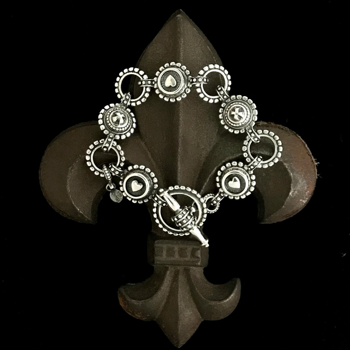 classic cropped bracelet front products chicago nail shoptiques remix l bangle head image from