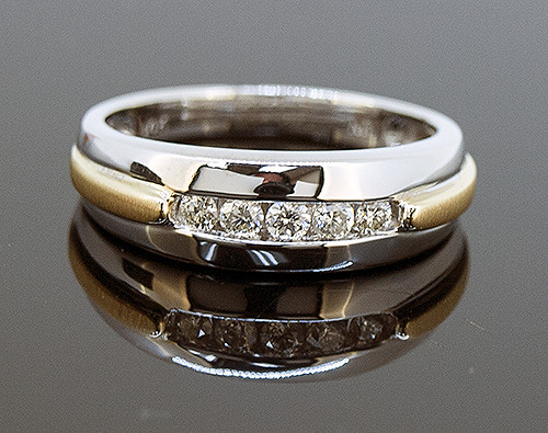SIM10155 MANS TWO TONE DIAMOND RING